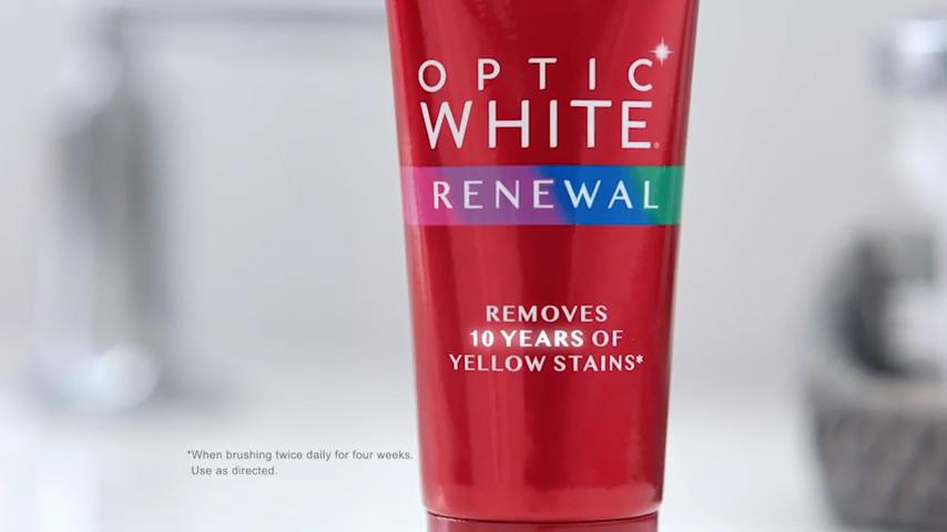 Colgate Optic White Renewal - New Year's Eve Nostalgia