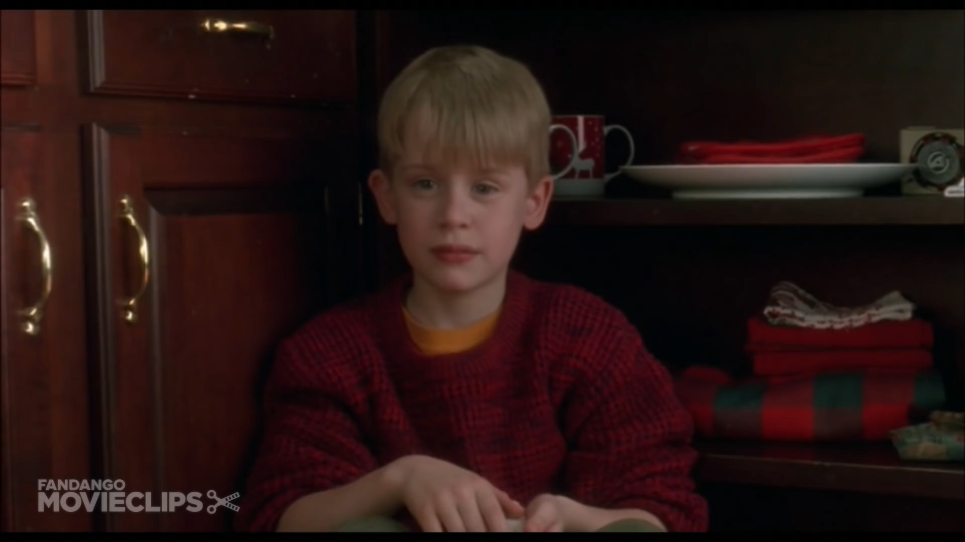 Home Alone - Scaring Marv